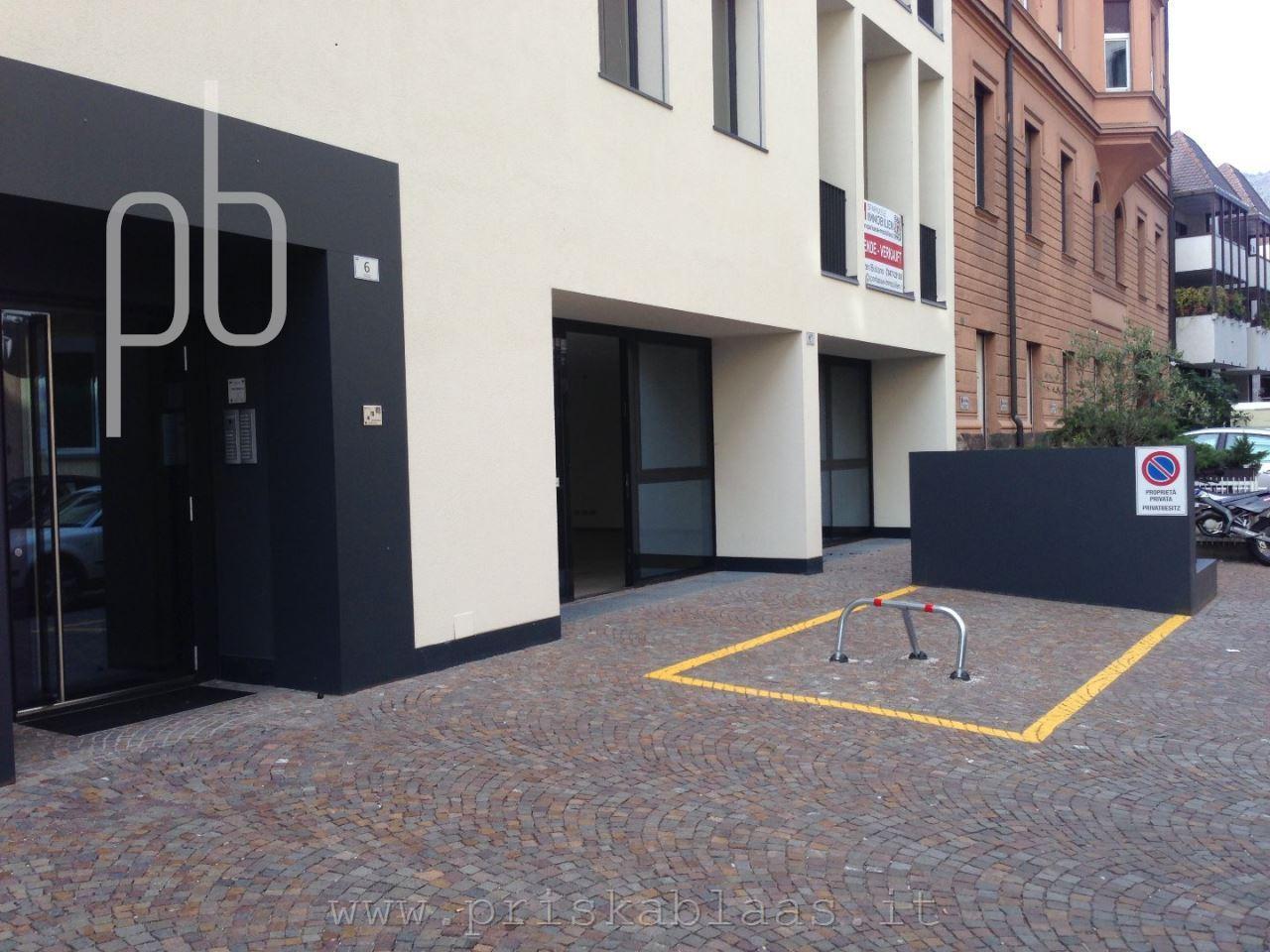 Ufficio in affitto locazione bolzano centro uffici rif 112 for Affitto ufficio