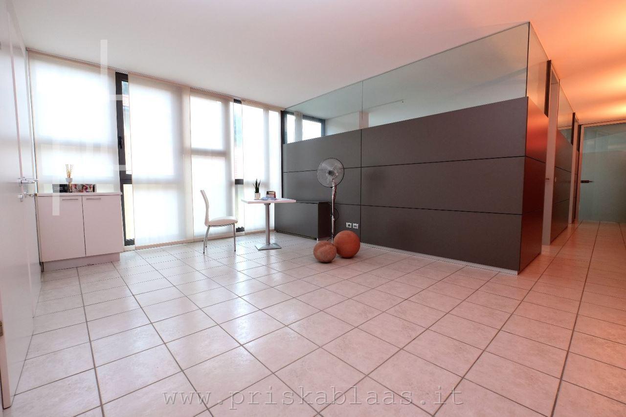 Wohnimmobilien Buro Zu Vermietung In Bozen Bozner Boden Kod 85